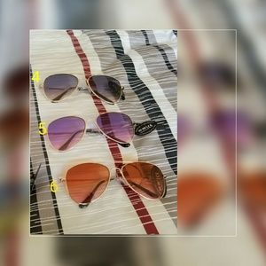 Accessories - New Women Aviator Sunglasses Gold frame Glasses Me